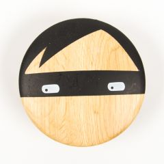 """Thief"" Round Wall Hook Made of Wood"