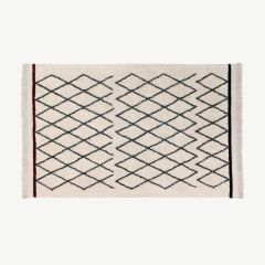 """Bereber Crisscross"" Washable Rug in Beige"