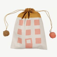 Gift Bag House in Coral