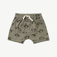 Monkey Shorts mit Kängurutasche in Olive