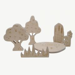 """Wooden Pond Nature"" Holzfiguren in Natur"
