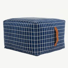 """Sit On Me Pouf"" Sitzkissen in Blau"